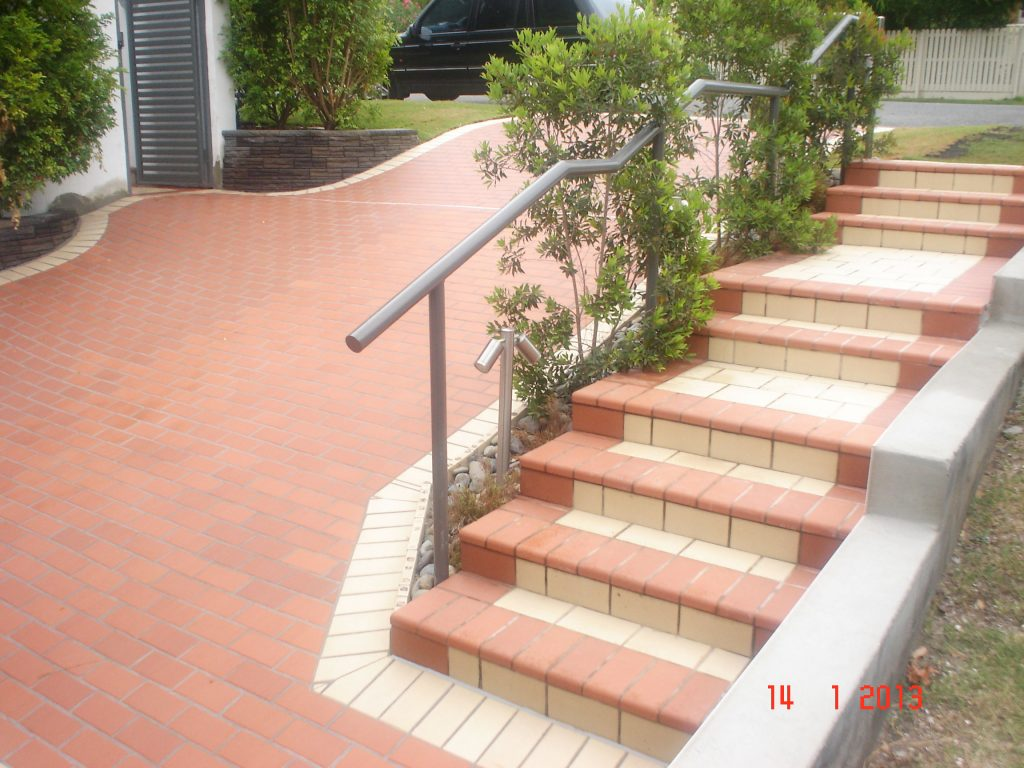Paving & Pool Surrounds